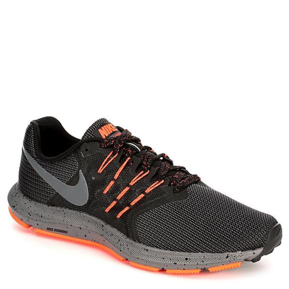 Nike Run Swift Trail Fitsole Running